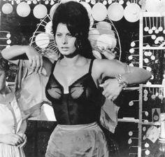 Cinema Spettacolo fotografia danza e altro - Sophia Loren - Boccaccio 70 di Federico Fellini