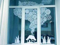 Winter Door Decorations Window New Ideas Christmas Window Decorations, Snowflake Decorations, New Years Decorations, Holiday Decor, Christmas Paper, Christmas And New Year, Christmas Holidays, Christmas Crafts, Christmas Classroom Door