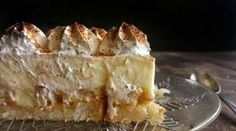 (Ingredients): 1 package of toasted bread) (For the syrup): water) sugar) (For the pudding): 1 liter milk) sugar) cornstrach) 2 yolks) 2 vanillins) butter) (For the topping): whipped cream) Greek Sweets, Greek Desserts, Greek Recipes, The Kitchen Food Network, Recipes From Heaven, Biscotti, Food Network Recipes, Dessert Recipes, Pie
