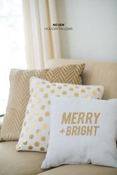 #DIY No Sew Holiday Throw Pillows