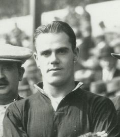 """Name: Samuel Raymond Bennion Position: Half Back Birthdate: 01-09-1896 Birthplace: Summer Hill, Wrexham, Wales Height: 5' 8"""" Weight: 11st 2lbs Nationality: Wales   Signing Information: Transferred from: Chrichtons Athletic, 04/1921, £ Years at Club: 1921-1932 Debut: 27/08/1921 v Everton (A) 0-5 (League Division One) Previous clubs: Gwersyllt School, Ragtimes FC, Chrichton's Athletic Farwell to Manchester United: Transferred to Burnley, 11/1932, £ Passed Away: 12/03/1958"""