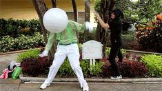 Doc scratch and Hussie, from the-irony-is-magic. Homestuck Gifs, Homestuck Cosplay, Dhmis, Decendants, Better Half, Man Birthday, Best Cosplay, Reaction Pictures, Laughing