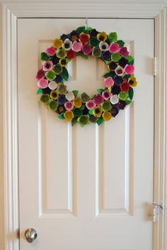 An Egg-citing Wreath for Spring