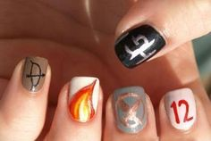 The Hunger Games nails idea! Yes, my nails will look like this come March So Nails, How To Do Nails, Cute Nails, Pretty Nails, Hair And Nails, Juegos Del Ambre, Hunger Games Nails, Nail Art Designs, Tribute Von Panem