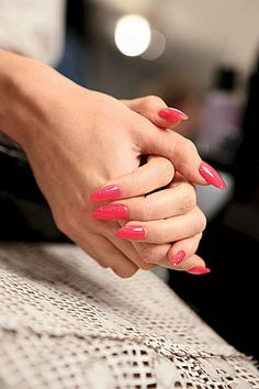 The 31 Prettiest New Nail Ideas for Spring: Lipstick.com