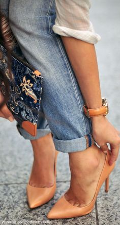 Street Style | Denim and Nude Heels