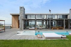 20 top pool design tips. Photography by Exequiel Escalante.