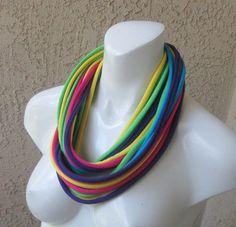 Color+Burst+Multicolored+Jersey+Tee+Shirt+Scarf+por+sandeeknits