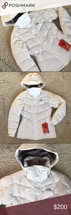 North Face Down Jacket🎄NWT❄️ North Face white 'Amore' 550 fill down jacket❄️New w tags❄️Nylon shell jacket uses HyVent™ 3-layer coating for water-resistant, breathable protection. Features zippered handwarmer pockets (right pocket includes goggles cloth), zippered chest pocket, internal media pocket and goggles stash. Has an adjustable/detachable insulated hood and interior powder skirt with gripping elastic keeps snow out. Function meets fashion💖Was a gift that was too small when I was…