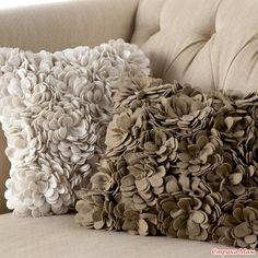 Кто с чем, а я опять... с подушками!
