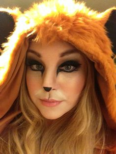 Foxy lady make-up fuchs make-up halloween sexy halloween mac make-up mac kirche streeet mehr Fox Halloween Costume, Halloween Kostüm, Halloween Outfits, Diy Fox Costume, Halloween Costumes, Costume Ideas, Fox Makeup, Animal Makeup, Fox Costume Womens