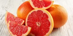 Incorporating Grapefruit in Your Everyday Diet Can Give You Satisfying Weight Loss Results. People Have Been Trying Grapefruit for Weight Loss Since Centuries and Have Been Successfully Able to Shed a Few Pounds. Read on to Know How. Grapefruit Nutrition, Grapefruit Benefits, Grapefruit Recipes, Healthy Fruits, How To Stay Healthy, Healthy Eating, Healthy Foods, Healthy Recipes, Drink Recipes