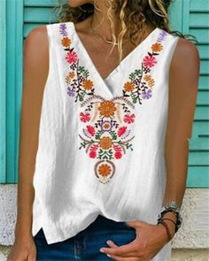 Cheap Boho Clothes, Clothes For Women, Summer Clothes, Lace Vest, Printed Tank Tops, Flower Fashion, Tank Shirt, Boho Outfits, Casual Outfits