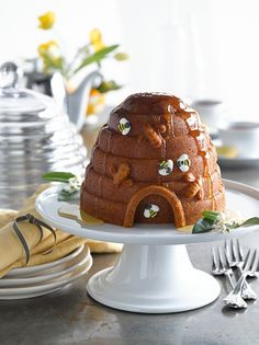 Beehive Cake Pan with Honey-Glazed Lemon Beehive Cake from williams-sonoma.com