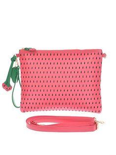Strawberry clutch - Farminista