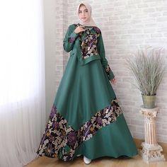 Model Dress Batik, Batik Dress, Batik Fashion, Abaya Fashion, Latest African Fashion Dresses, Women's Fashion Dresses, Mode Batik, Moslem Fashion, Hijab Dress Party