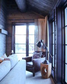 Tømmerpanel produsert hos Stangeskovene i Halden Couch, Curtains, Furniture, Home Decor, Settee, Blinds, Decoration Home, Sofa, Room Decor
