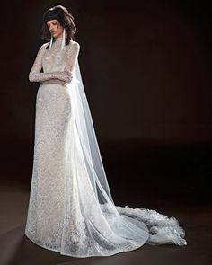 Vera Wang 2018 Wedding Dress Collection   Martha Stewart Weddings – Long-sleeve lace wedding dress