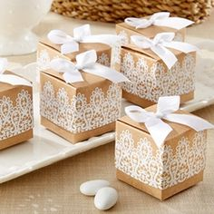 """Rustic & Lace"" Kraft Favour Box (Set of 24) - A Wedding Less Ordinary"
