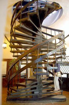 Best The Y45 Kitchen Island By Italian Company Key Stairways 400 x 300