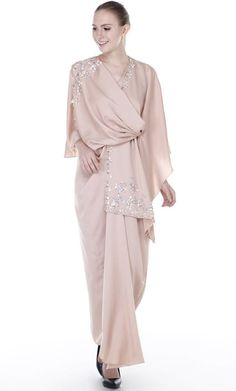 Available at I Love Hishma Ana Special Mall Jeddah Saudi Arabia Hijab Dress Party, Hijab Style Dress, Hijab Outfit, Modest Dresses, Simple Dresses, Casual Dresses, Muslim Fashion, Hijab Fashion, Fashion Outfits