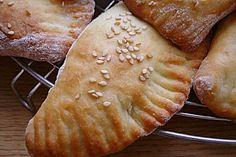 Türkische Teigtaschen mit zweierlei Füllungen, ein tolles Rezept aus der Kategorie Türkei. Bewertungen: 7. Durchschnitt: Ø 3,4.
