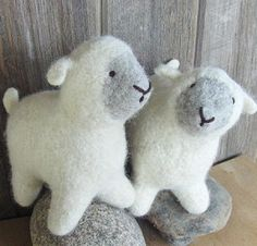 Knitted Sheep--i need to sew these!
