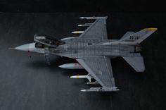 Tamiya F-16C Block 50 1:32 by Henrik Redin