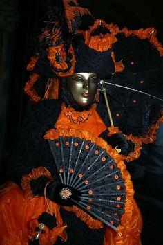 Venice Carnival Venetian Carnival Masks, Carnival Of Venice, Venetian Masquerade, Masquerade Ball, Venice Carnivale, Mardi Gras Costumes, Carnival Costumes, Venitian Mask, Costume Carnaval