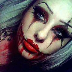 More halloween make-up! Clown Halloween, Adulte Halloween, Halloween Face Makeup, Creepy Clown Makeup, Halloween Costumes, Halloween Halloween, Vintage Halloween, Sfx Makeup, Costume Makeup