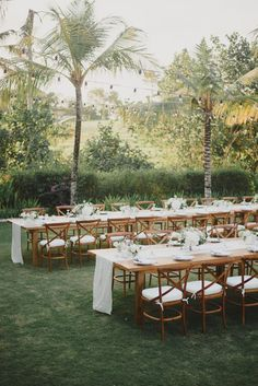 Simple and nice wedding table scape decorations in Bali weddings, looks Natural with white, brown natural and eco green colour wedding theme