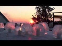 Se hvordan du enkelt og greit kan lage superflotte islykter ved å fylle vann i ballong.   For mer vinterlig hageglede, besøk http://moseplassen.com