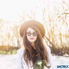 Wear a wide-brimmed hat when you're outdoors: it will give an extra care to your eyes. #Eyecare