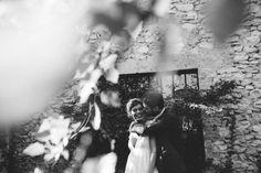 Un moment unique qui immortalise votre couple durant la journée de votre engament. Voici des exemples de photos de couple que j'ai réalisées.