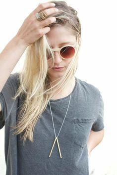 V Necklace, Statement necklace, Minimal Necklace, Geometric Necklace, Brass Necklace, Silver Necklace.