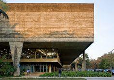Faculdade de Arquitetura e Urbanismo da Universidade de São Paulo  Projeto: João Batista Vilanova Artigas e Carlos Cascaldi.
