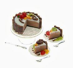 Exquisitas miniaturas: Tarta de queso de chocolate con frutas