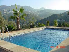 Huur een huis in Sayalonga, Costa del Sol - Malaga dichtbij de golfbaan met 3 slaapkamers, vanaf €100 per night. Voor een complete vakantie - HomeAway