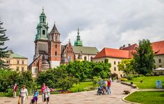 10 cities you need to add to your travel bucket list- Krakow, Poland