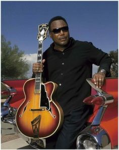 George Benson& his New Yorker guitar, made by John D'Angelico (1905-64)
