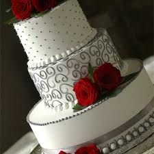 Red and Gray wedding cake