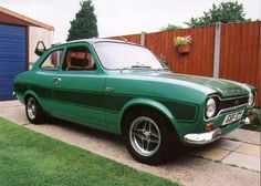 Mk1 Escort Escort Mk1, Ford Escort, Old School, Antique Cars, Ford Classic Cars, Pictures, Colour, Paint, Vintage Cars