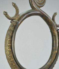 For Auction: Bronze zoomorphic snake altar Ring YORUBA ? Nigeria ( on Apr 2020 African Sculptures, Bronze Ring, Tribal Art, African Art, Altar, Mirrors, Snake, Auction, Rings