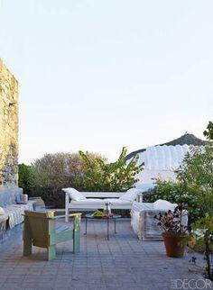 Patmos Greece House Tour Ferienhaus Innenausstattungen, Outdoor Plätze,  Leben Unter Freiem Himmel, Elle cfe5dab34e