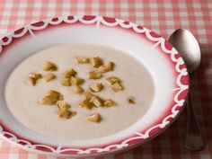 Earthy flavour: Jerusalem artichoke and Bramley apple soup Mark Hix Recipes, Bramley Apple Recipes, Apple Soup, School Treats, Pork Roast, Food Menu, Us Foods, Food And Drink, Dishes