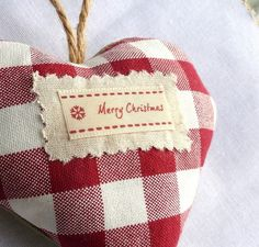 Handmade Merry Christmas padded heart £3.99 www.QuirkyBee.co.uk
