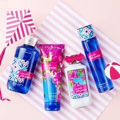 Italy's Seaside Pink Jasmine is in full bloom — a refreshing bouquet of jasmine blossoms, fresh pomelo & ocean honeysuckle. Bath N Body Works, Body Wash, Pink Jasmine, Best Womens Perfume, Body Spray, Smell Good, Body Lotion, Face And Body, Creme