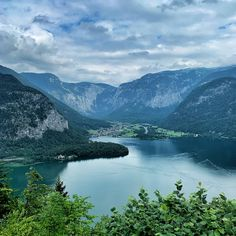 #dachsteinkönig #welterbe #worldheritage #lake #hallstatt #hallstättersee #ausblick #berge #austria #mountains #österreich