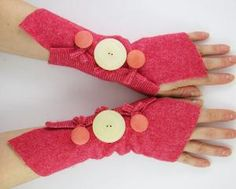 felted arm warmers fingerless mittens arm cuffs....IWant!!!