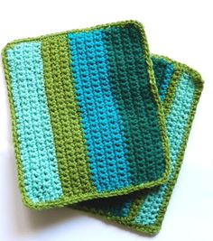Grow Creative: Stripey Crochet Potholders  http://growcreative.blogspot.com/2012/08/stripey-crochet-potholders.html?utm_source=feedburner_medium=feed_campaign=Feed%3A+GrowCreative+%28Grow+Creative%29